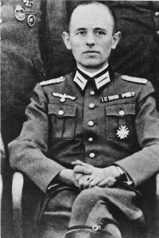 Gehlen in Wehrmacht uniform, newspaper reproduction, 25. 1954 Bundesarchiv, Bild 183-27237-0001 / CC-BY-SA 3.0