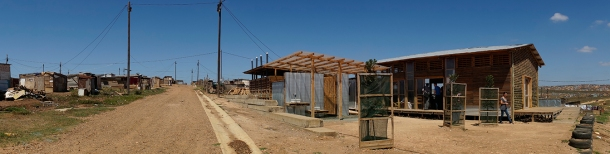 Past and future? Shanty huts and new sustainable housing